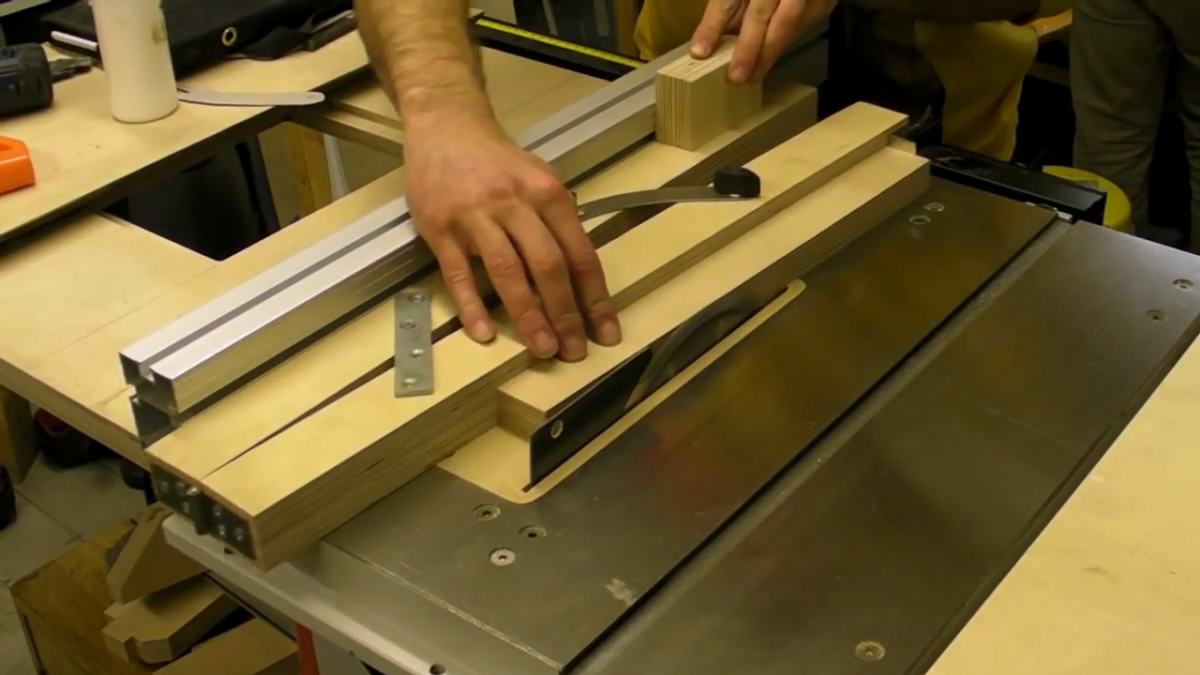taper cutting jig for table  u0026 band saws