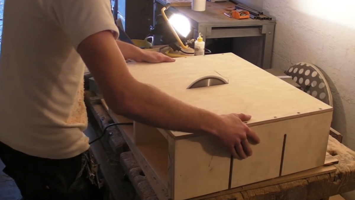 Homemade Table Saw Part 1 DIY Motor Mount Adjustable Bed
