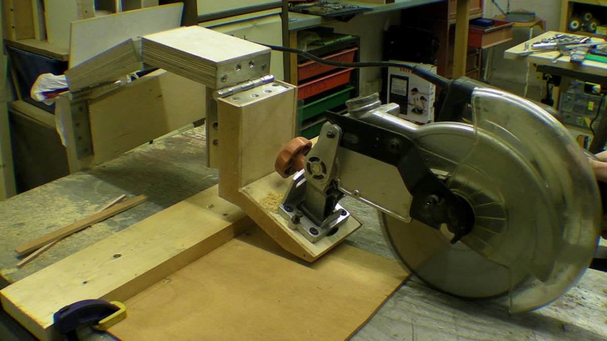 DIY Glide Mitre Saw / Rail Free Chop Saw / Axial System ...