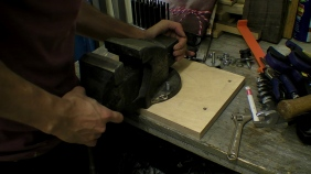 Hot Workbenching Moveable Vice